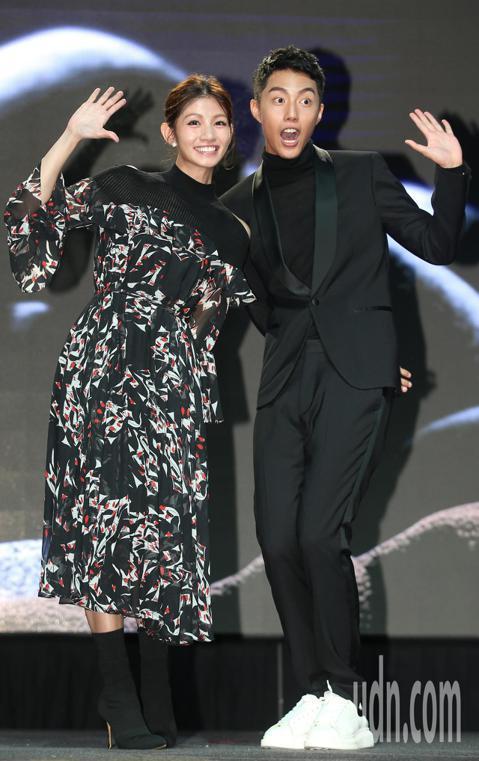第55屆金馬獎入圍公布晚上舉行,由李千娜與蔡凡熙公布入圍名單,金馬執行長聞天祥向媒體說明票選過程。