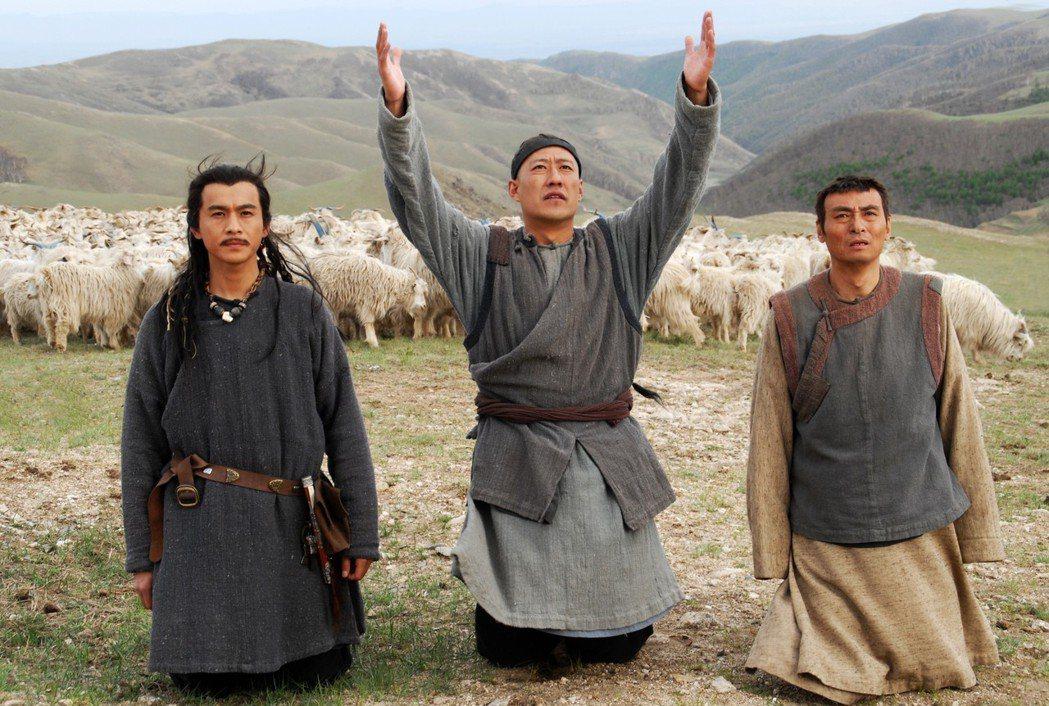 喬振宇(左起)、于震、吳連生主演 「大盛魁」。圖/緯來提供