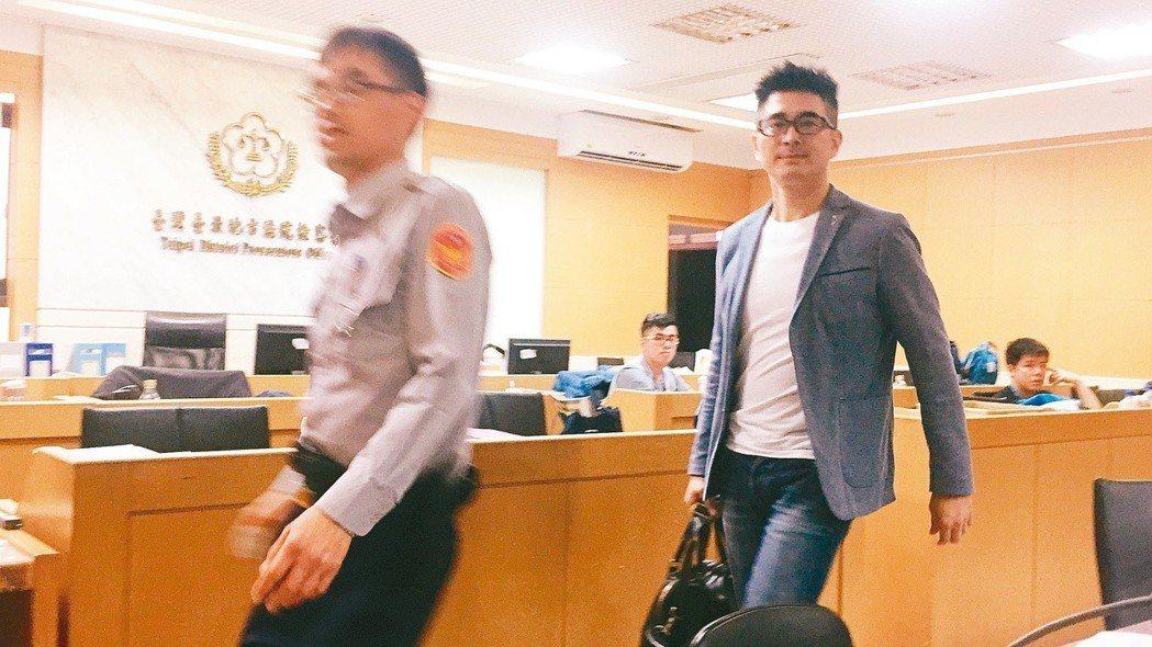 邵昕(右)酒駕被逮,5萬元交保後,向社會大眾致歉。 圖/聯合報系資料照片