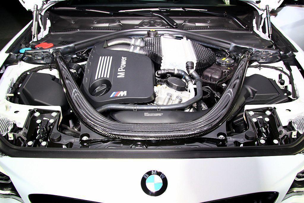 BMW M2 Competition搭載與M3、M4同規格的S55直列6缸雙渦輪...