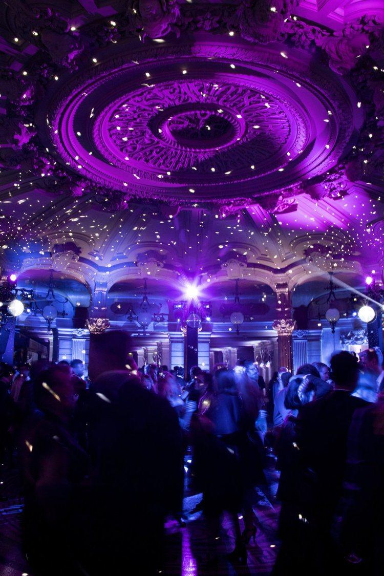香奈兒贊助巴黎歌劇院最新芭蕾舞季的開幕表演。圖/香奈兒提供