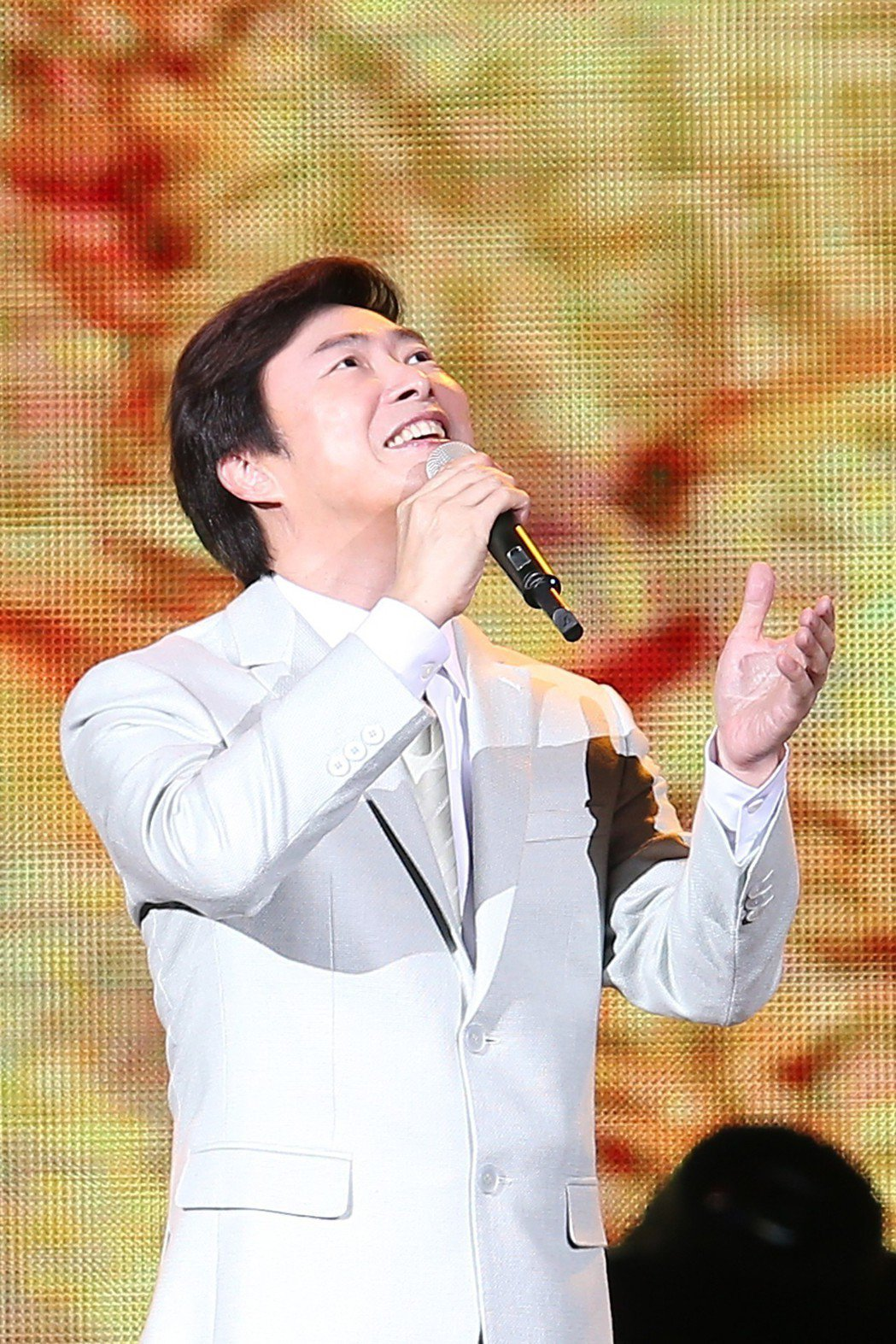 費玉清去年攻蛋開唱,明年將辦引退演唱會。圖/寬宏提供