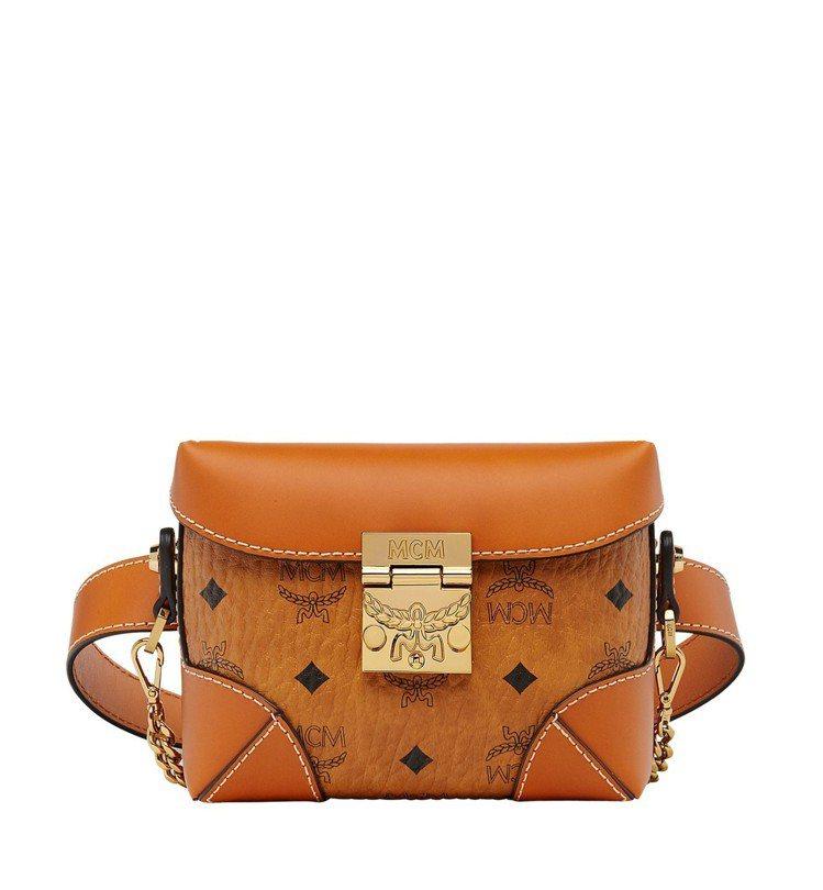Soft Berlin干邑色腰包,售價26,500元。圖/MCM提供