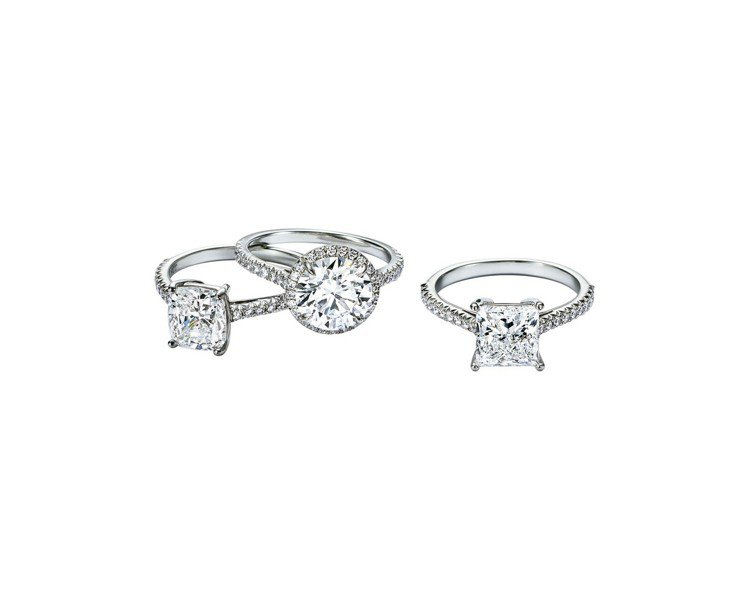 (由上至下)Tiffany Novo枕形切割鉑金鑽戒,Tiffany Soles...