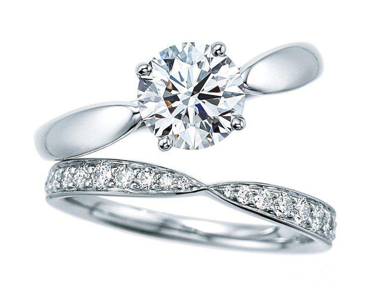 (由上至下)Tiffany Harmony 鉑金鑽戒,約50,000元起。;Ti...