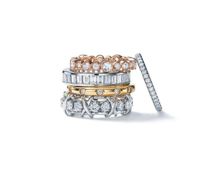 (由上至下)Tiffany Celebration Rings 鑽石戒指,價格店...