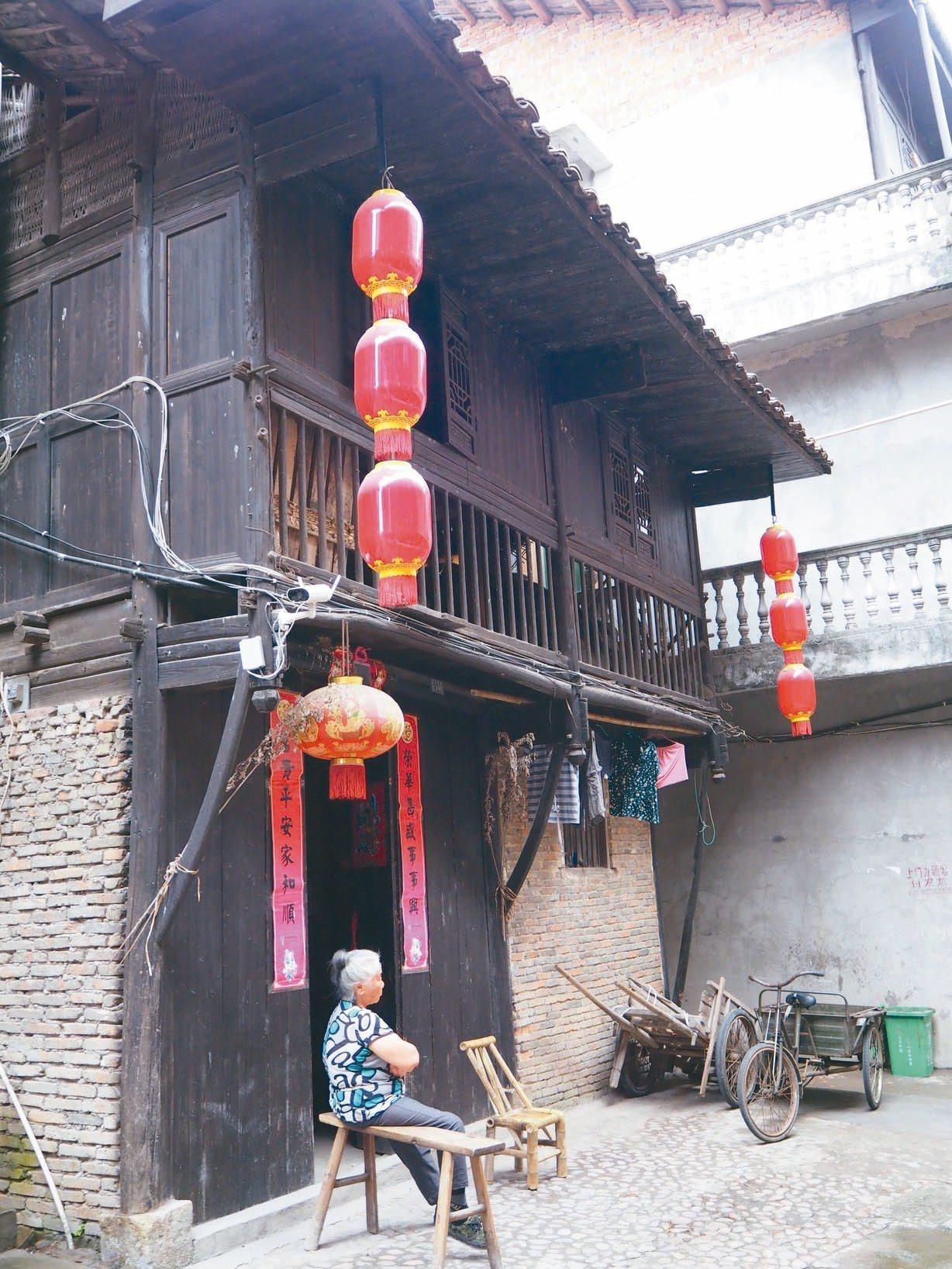 古鎮清幽,展現當地人家的真實生活樣貌。 特派記者羅建怡/攝影