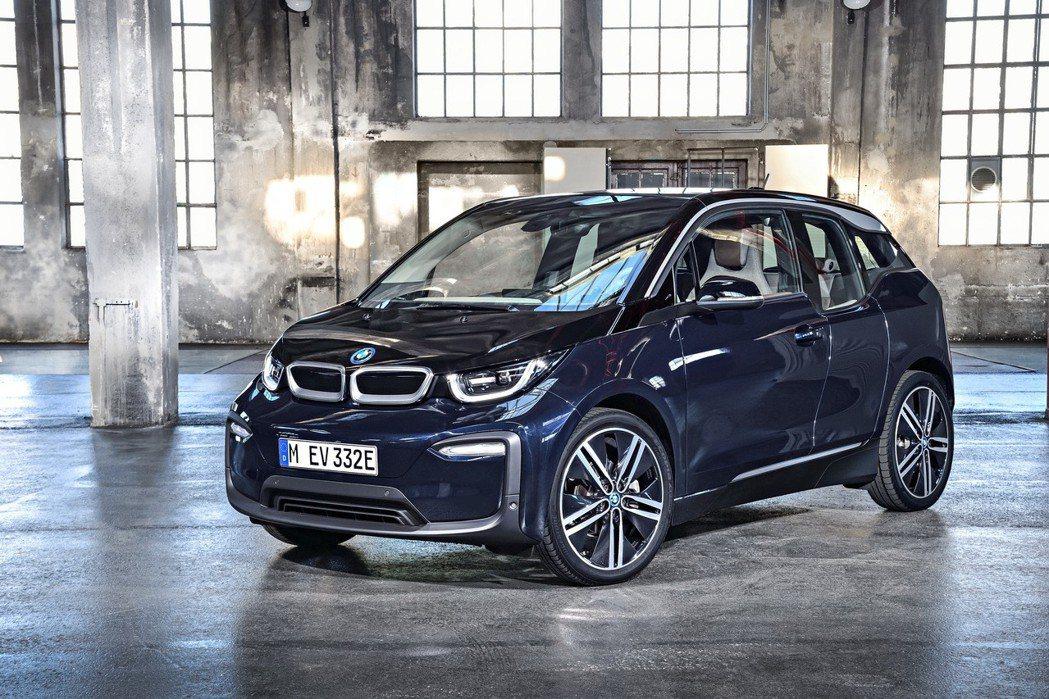 目前台灣境內販售最便宜的電動車款,是要價188萬元起的BMW i3。 圖/BMW...