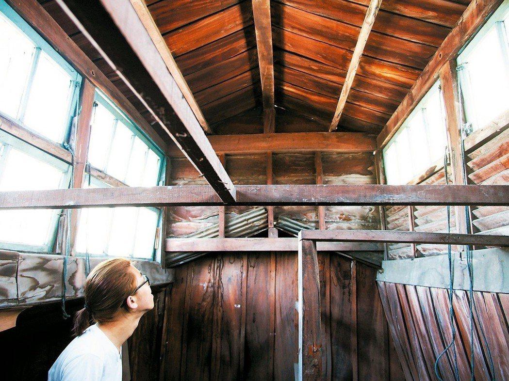 嘉賓旅社的木構造,完全沒有白蟻蛀蝕,比台北的松菸、華山更完美。圖/台科大副教授邱...