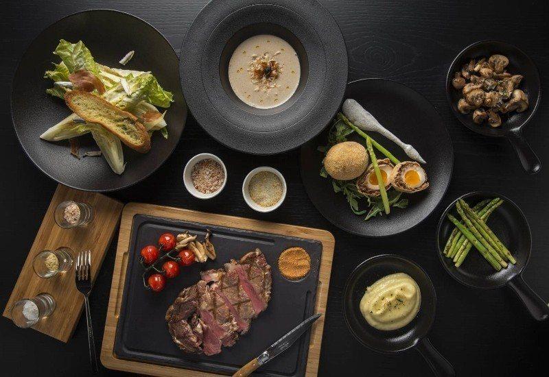知名餐飲品牌CHAR強勢登台,送上絕佳牛排饗宴,去除誇張擺盤,透過獨特的烹飪技巧...