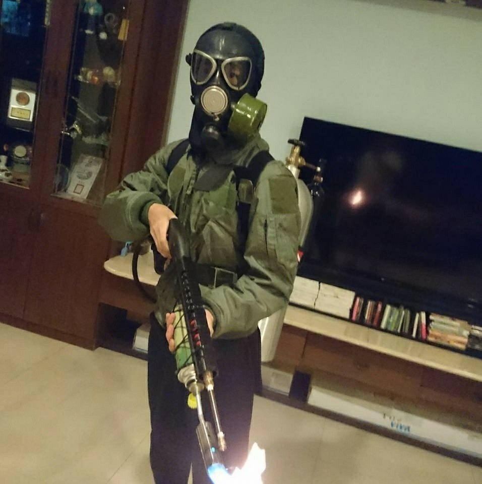 孫安佐從小就是軍事迷 圖/摘自臉書