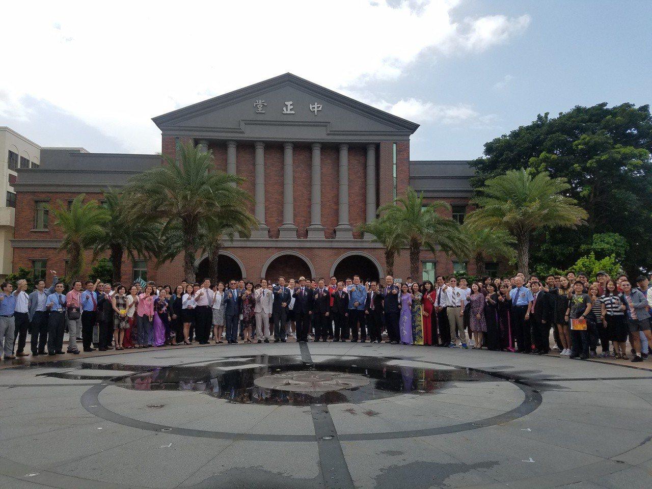 明新科大舉辦國際產專班迎接新南向學子。圖/明新科大提供