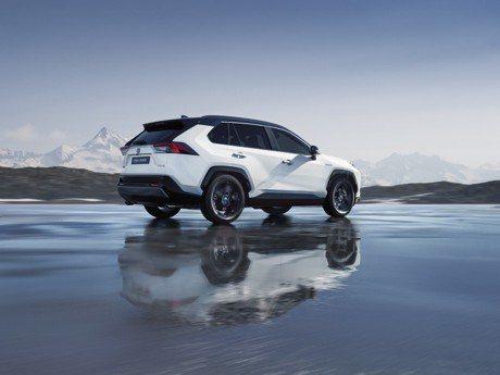 2018巴黎車展/2.5L油電新勢力 全新歐規Toyota RAV4降臨巴黎