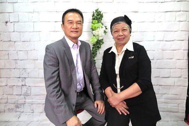 理財周刊發行人洪寶山(左)、楊玲玲(右)650