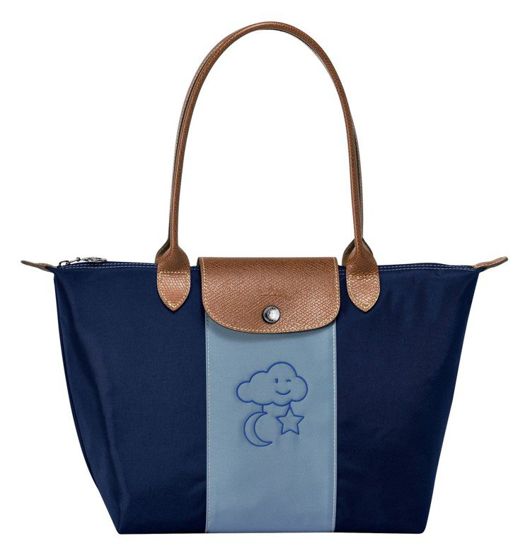 Le Pliage尼龍系列手袋(中)訂製示意圖,手提短把4,700元、長背帶5,...