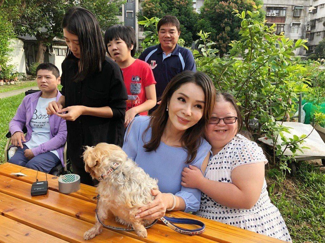 陳美鳳拍公益廣告  圖/摘自臉書