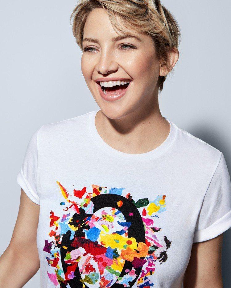 女星凱特哈德森演繹Watch Hunger Stop慈善活動,所推出限量版T恤。...