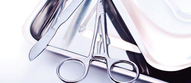 400系列含碳量較高,硬度高,不含鎳(不會鎳過敏),適合製造各種刀具,特別是手術...