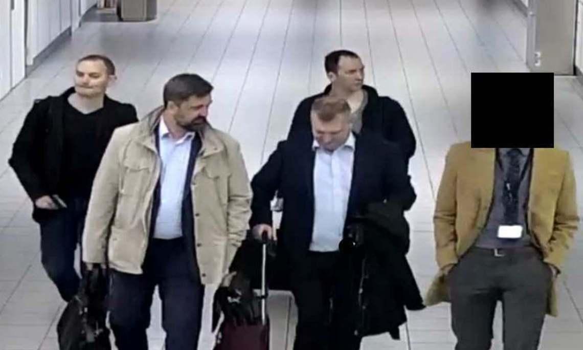 左邊4名是遭荷蘭驅逐出境的俄羅斯間諜。 圖/荷蘭國防部