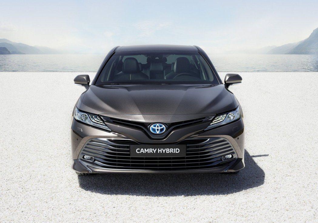 歐規Toyota Camry Hybrid。 摘自Toyota EU