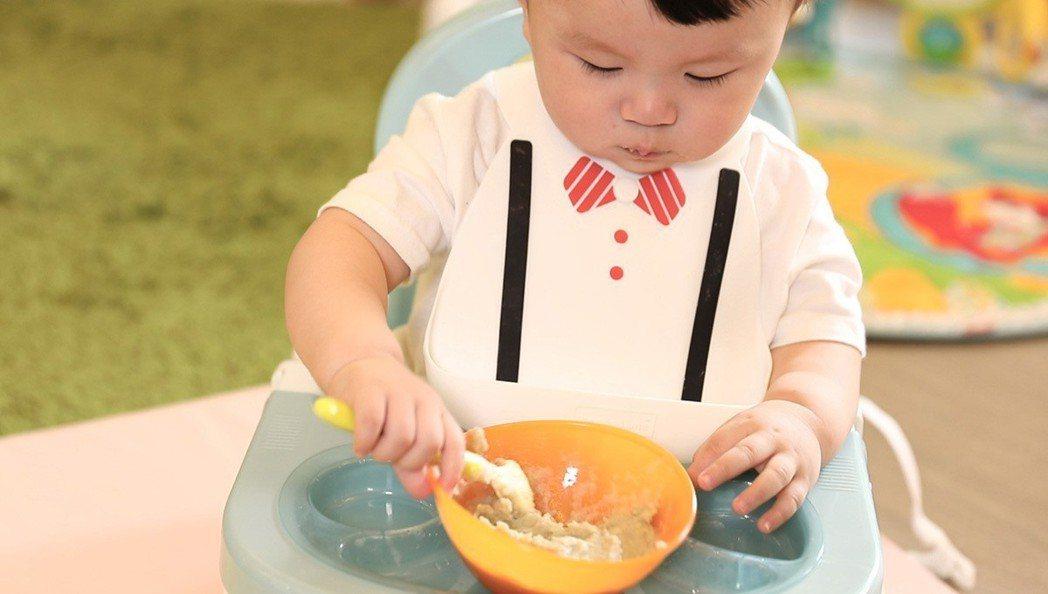 桂格提醒媽媽,副食品添加要及時。 圖/聯合報資料圖片
