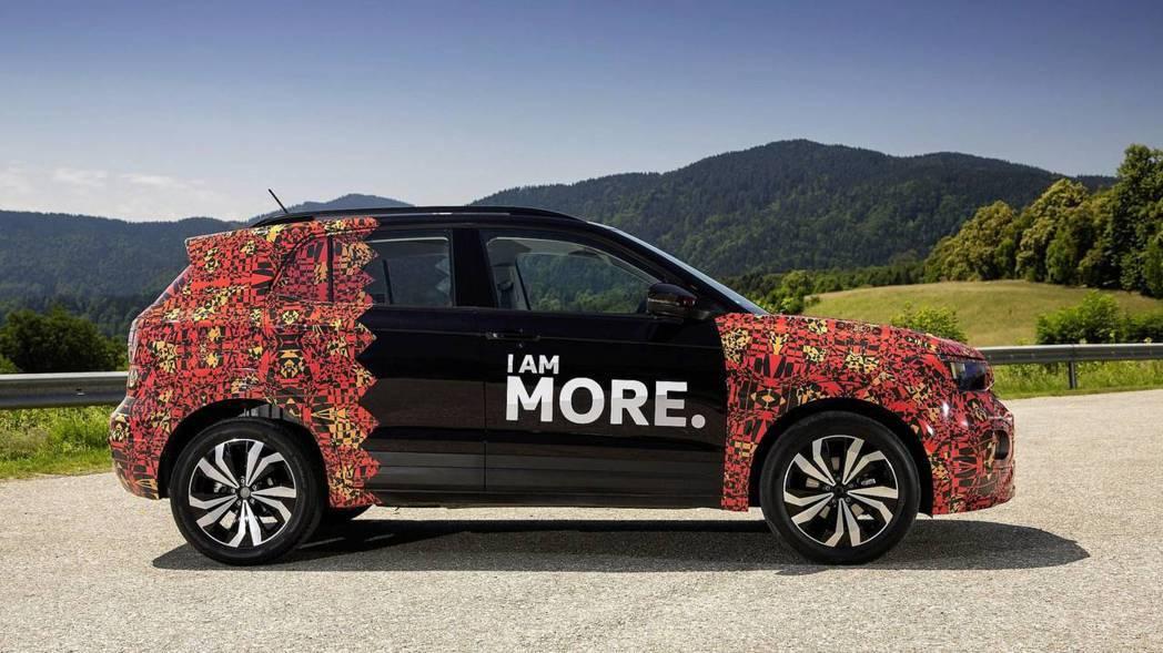 Volkswagen T-Cross原廠偽裝車。 摘自Volkswagen