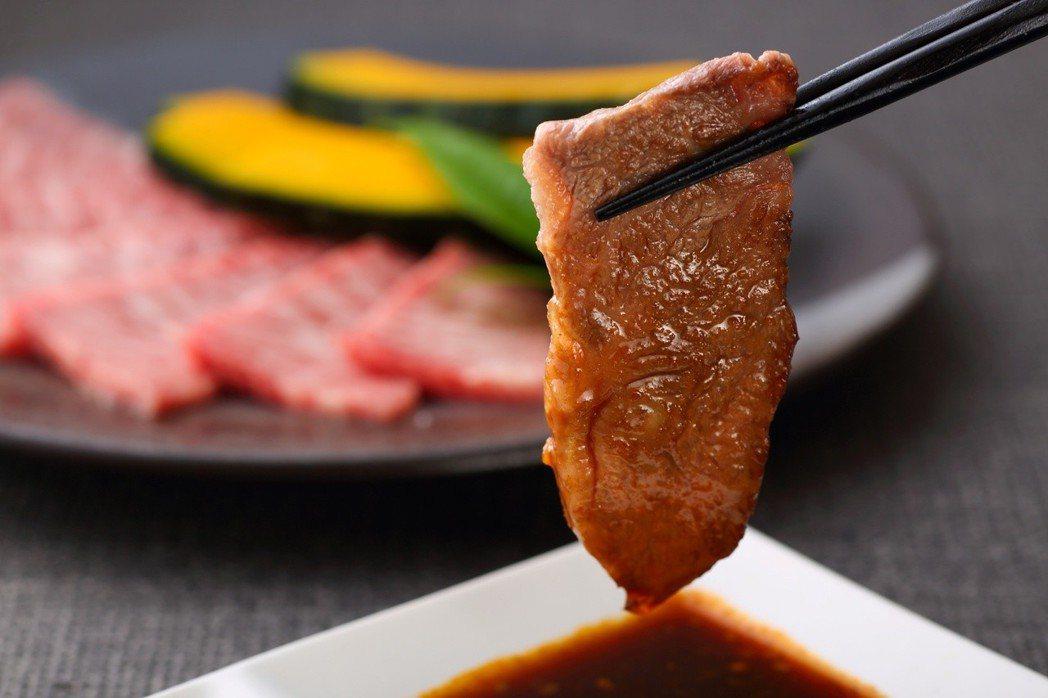 富良野和牛燒烤吃到飽。