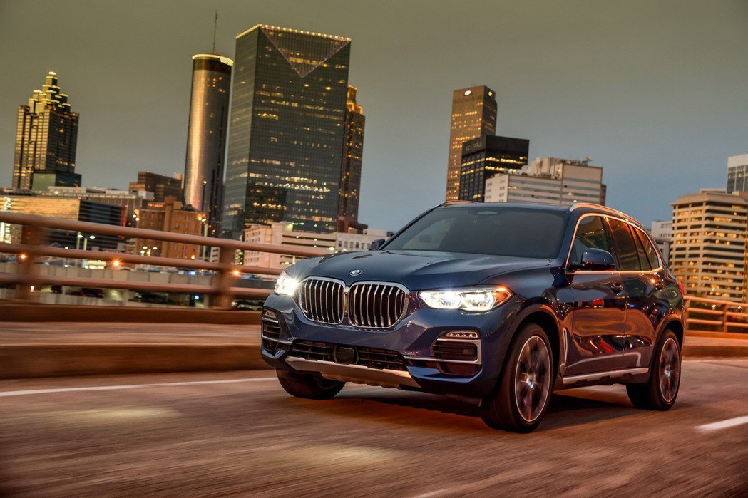 王者再臨,全新世代BMW X5巴黎車展正式現身! 圖/BMW提供