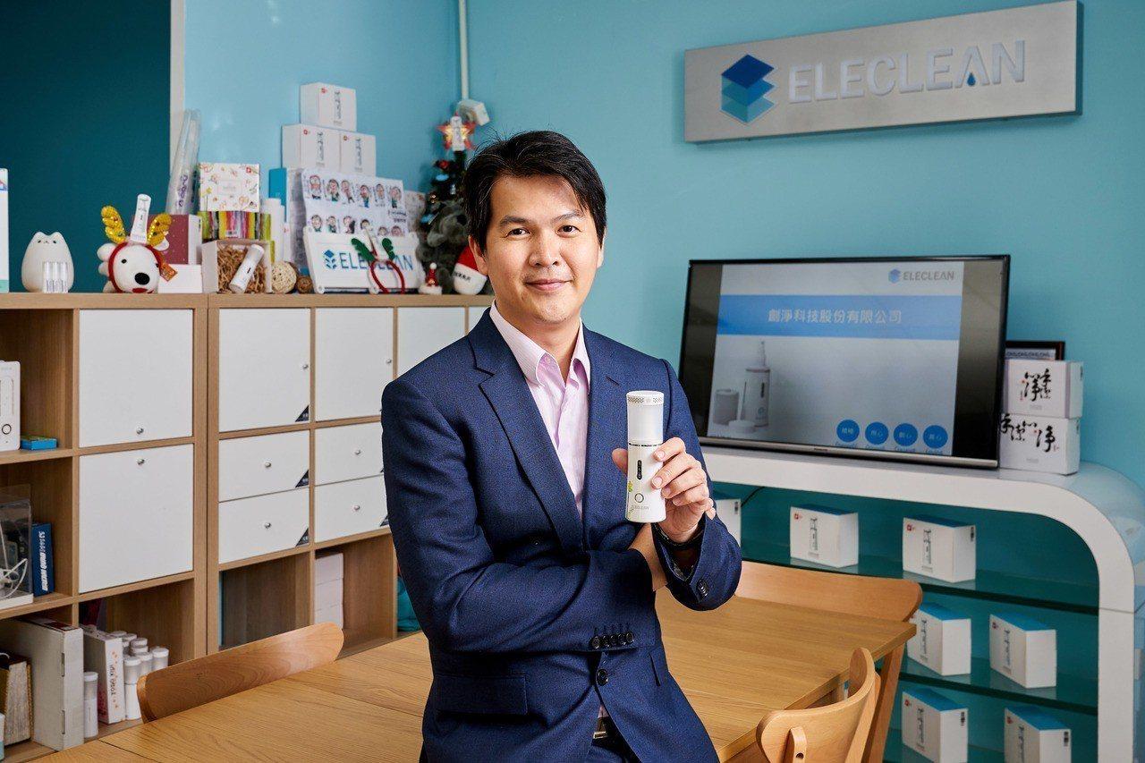 工研院出身的水處理專家陳建宏,從國際救災經驗中,激起他研發消毒設備的想法,也種下...