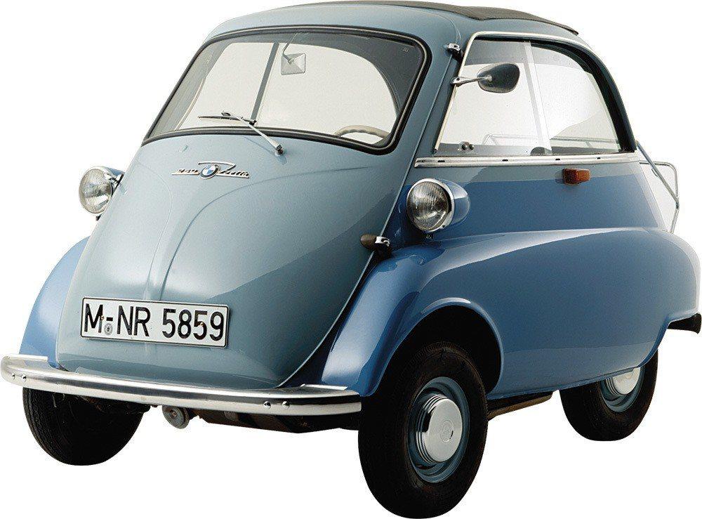 從1955年到1962年,平價訴求的BMW Isetta生產約16萬輛,留存至今...