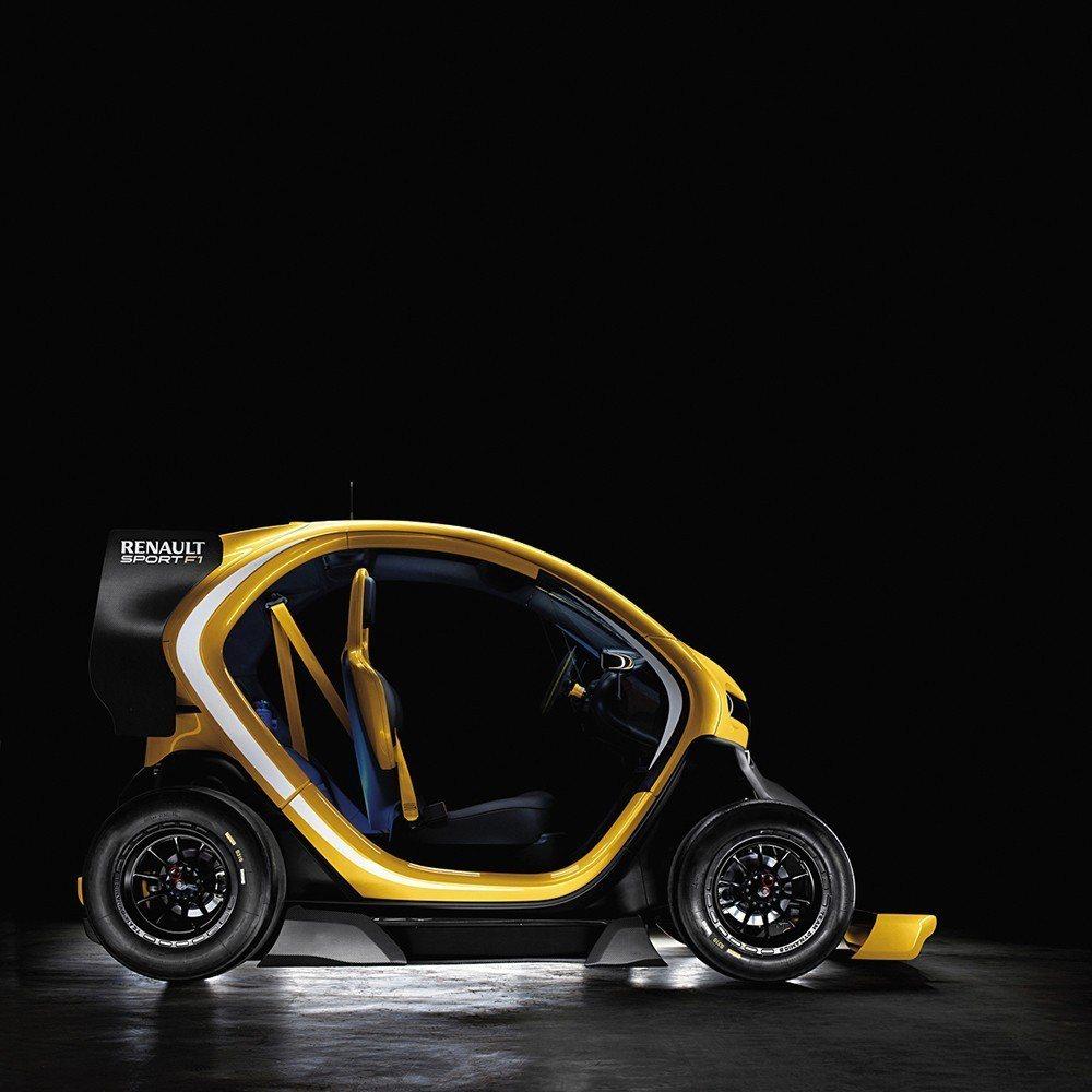 TWIZY本已不貴,無門版本堪稱最便宜電動Microcar。