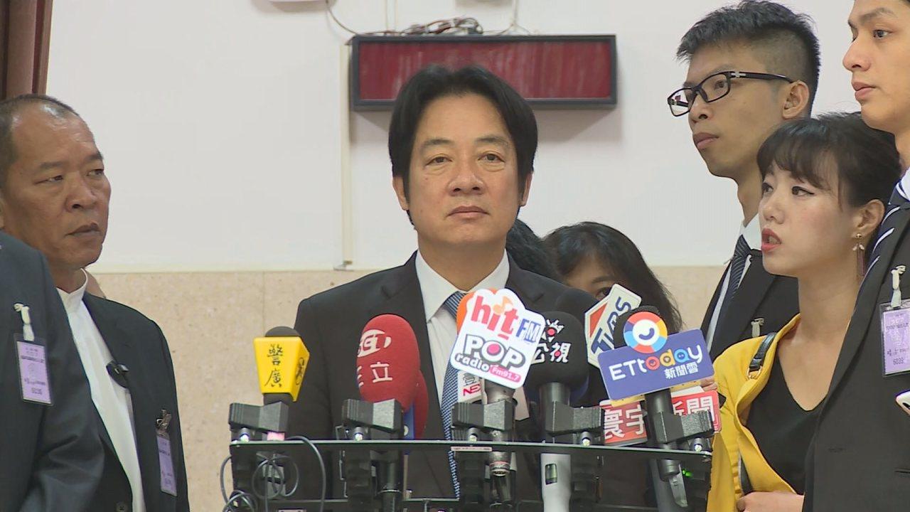 行政院長賴清德到立法院備詢前接受媒體提問。記者游昌樺/攝影