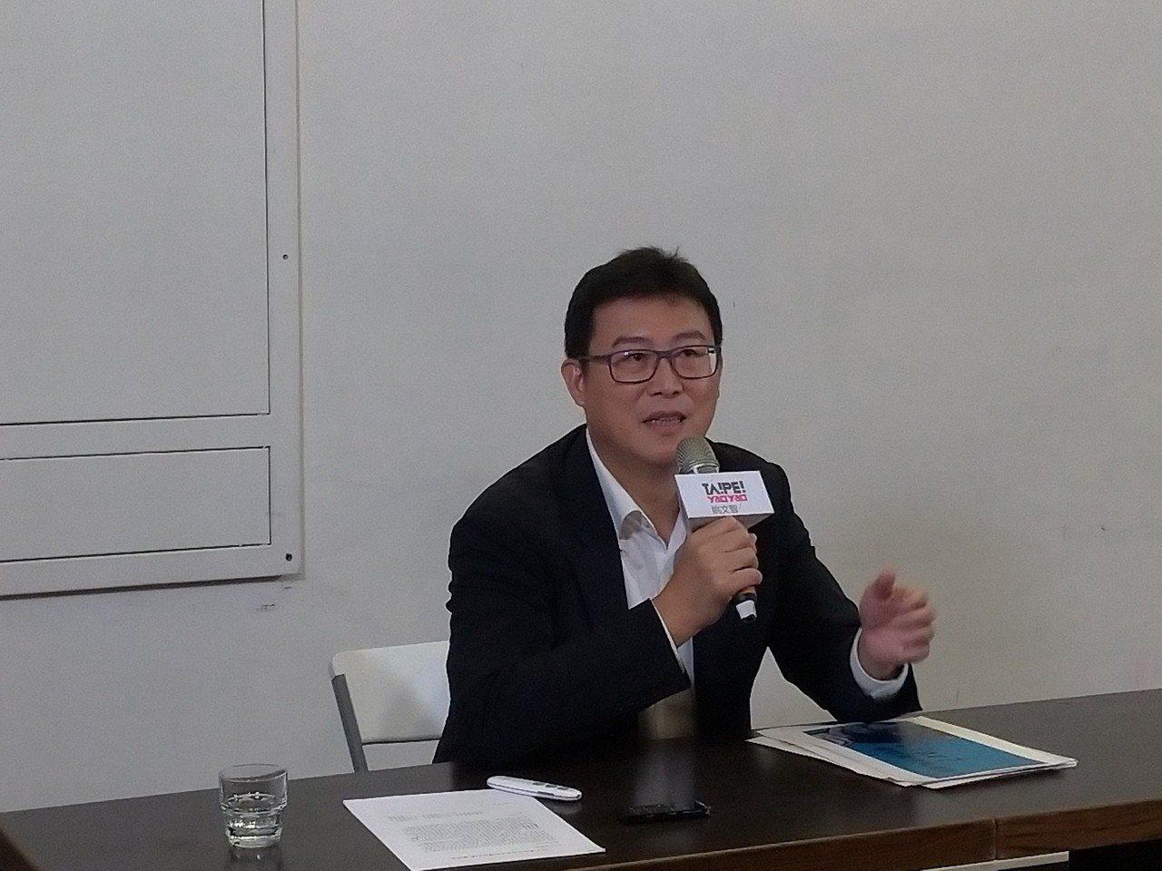 民進黨台北市長參選人姚文智對柯文哲器捐風波,認為柯至今仍用話術雞同鴨講。記者莊琇...