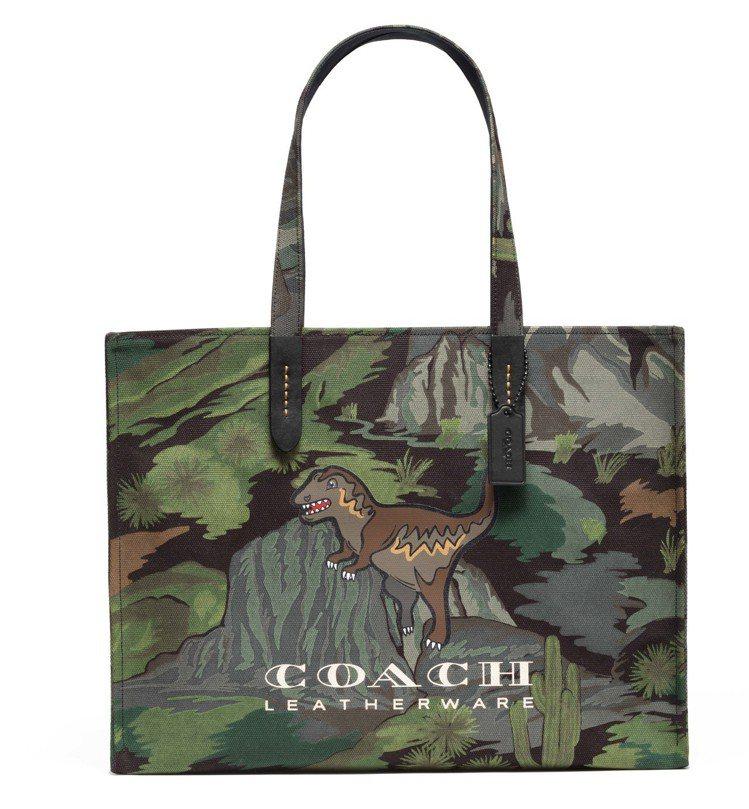 Rexy托特包,售價9,900元。圖/COACH提供
