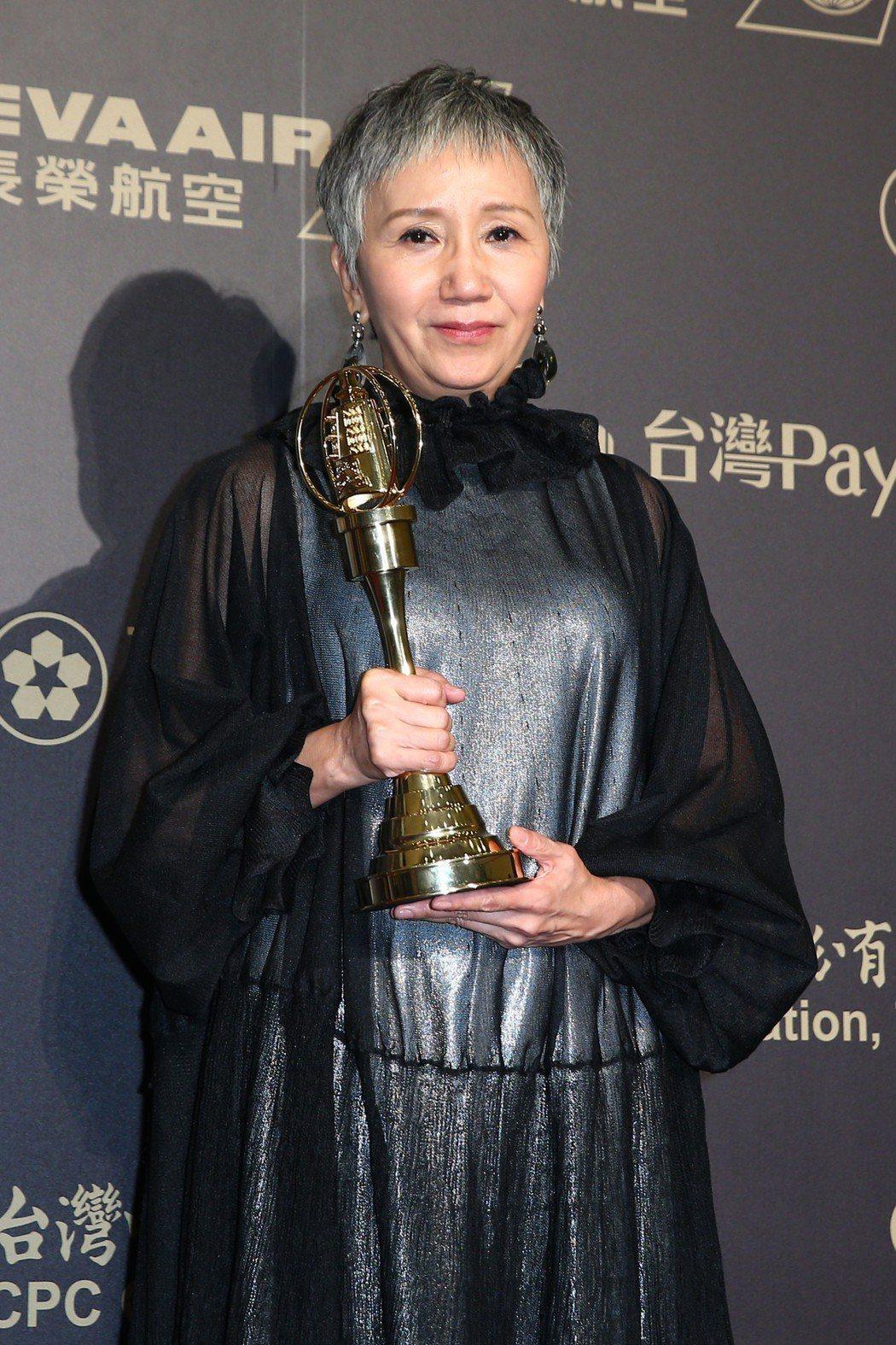 第五十三屆金鐘獎,陸弈靜獲迷你劇集(電視電影)女主角獎。記者王騰毅/攝影