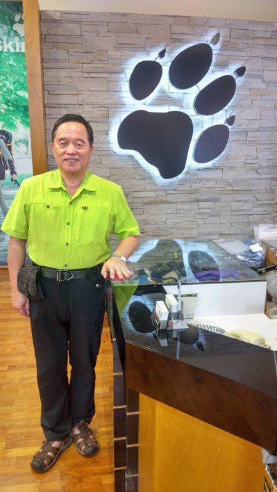 「飛狼Jack Wolfskin」露營旅遊用品董事長-徐鴻煥