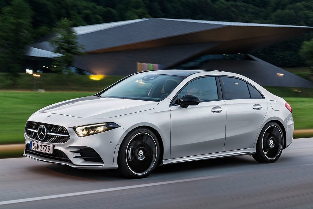 新增的房車版賓士A-Class Sedan,將追隨掀背車型腳步推出性能版。 圖/...