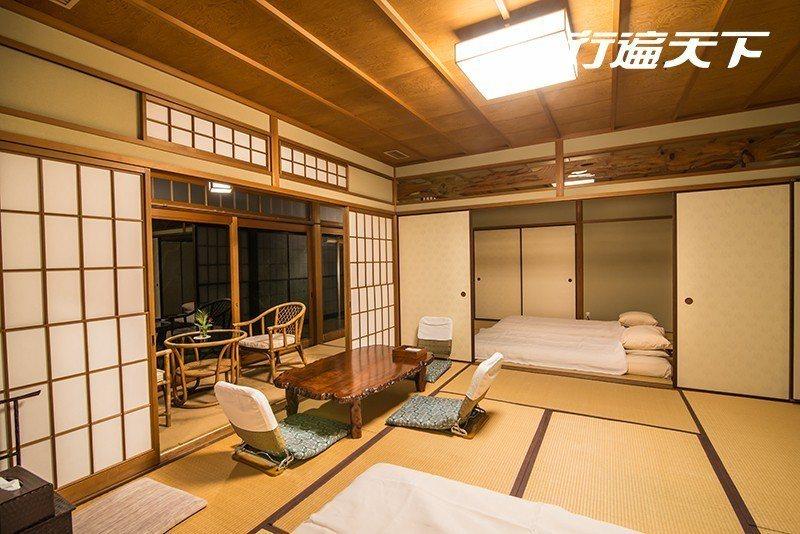 在典雅空間中享用節令時蔬烹製而成的京都宴席料理。  攝影|行遍天下