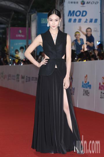 第五十三屆金鐘獎,鍾瑤走星光大道。