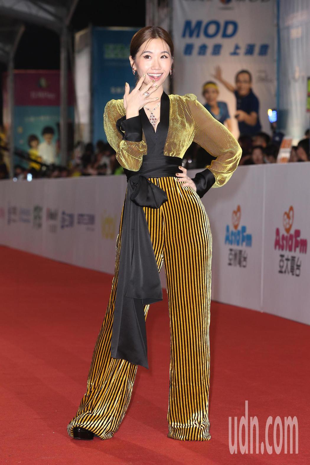 第五十三屆金鐘獎,lulu走星光大道。記者陳立凱/攝影