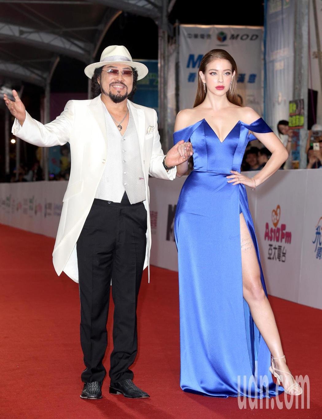 張菲(左)與安妮(右)走星光大道。記者陳立凱/攝影