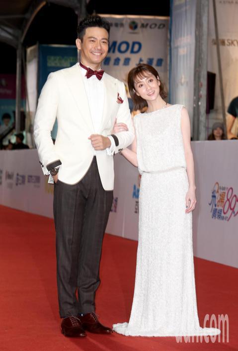 第53屆金鐘獎,劉傑中與瑪麗主持星光大道。