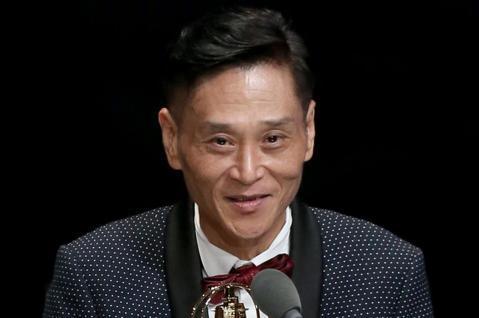 第53屆金鐘獎頒獎典禮在國父紀念館舉行,喜翔獲迷你劇集(電視電影)男配角獎。