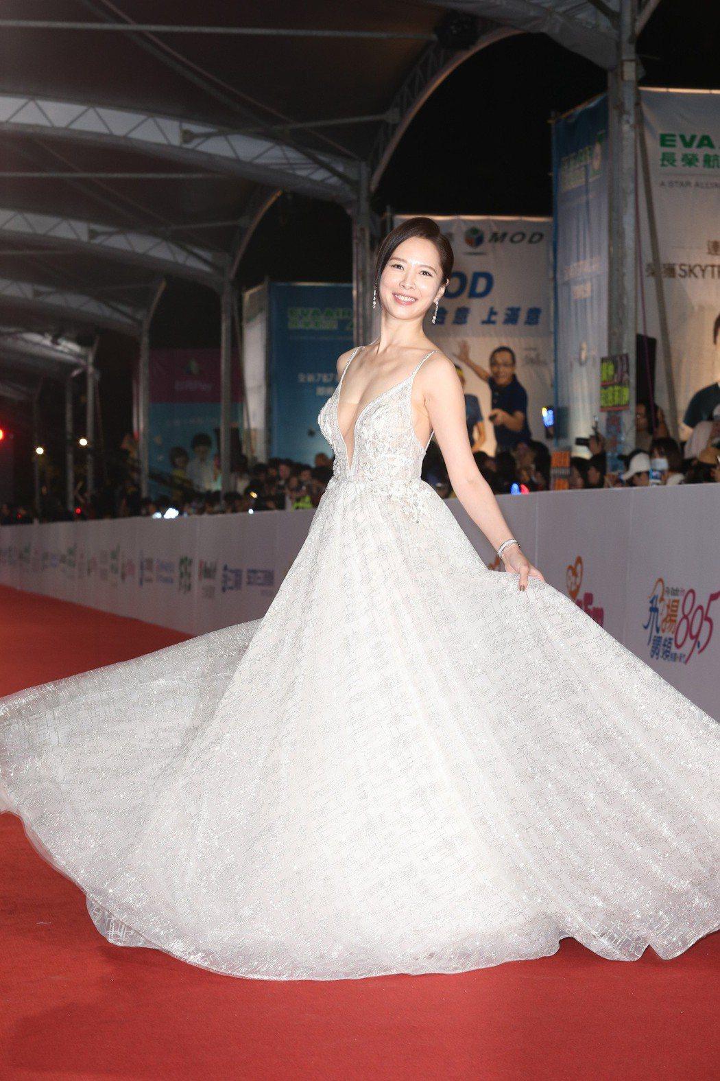 天心穿Muse Marry提供BERTA禮服,配戴寶格麗珠寶。記者陳立凱/攝影