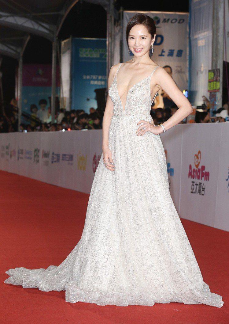 天心穿Muse Marry提供BERTA禮服,配戴寶格麗珠寶。圖/記者陳立凱攝影