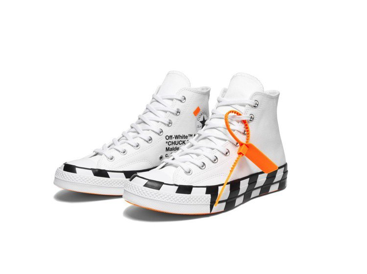 Converse x Off-White Chuck 70系列鞋,約4,880元...