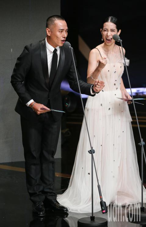 第53屆金鐘獎頒獎典禮在國父紀念館舉行,莊凱勛與溫貞菱擔任頒獎人。