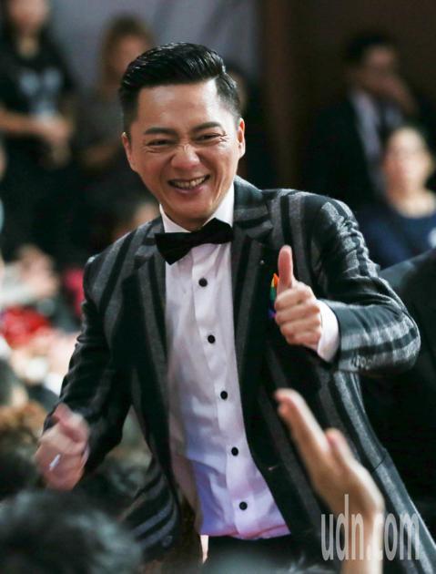 第53屆金鐘獎頒獎典禮在國父紀念館舉行,藍葦華獲迷你劇集(電視電影)男主角獎。