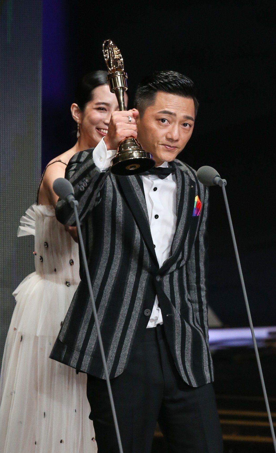 藍葦華獲迷你劇集(電視電影)男主角獎。記者林澔一/攝影