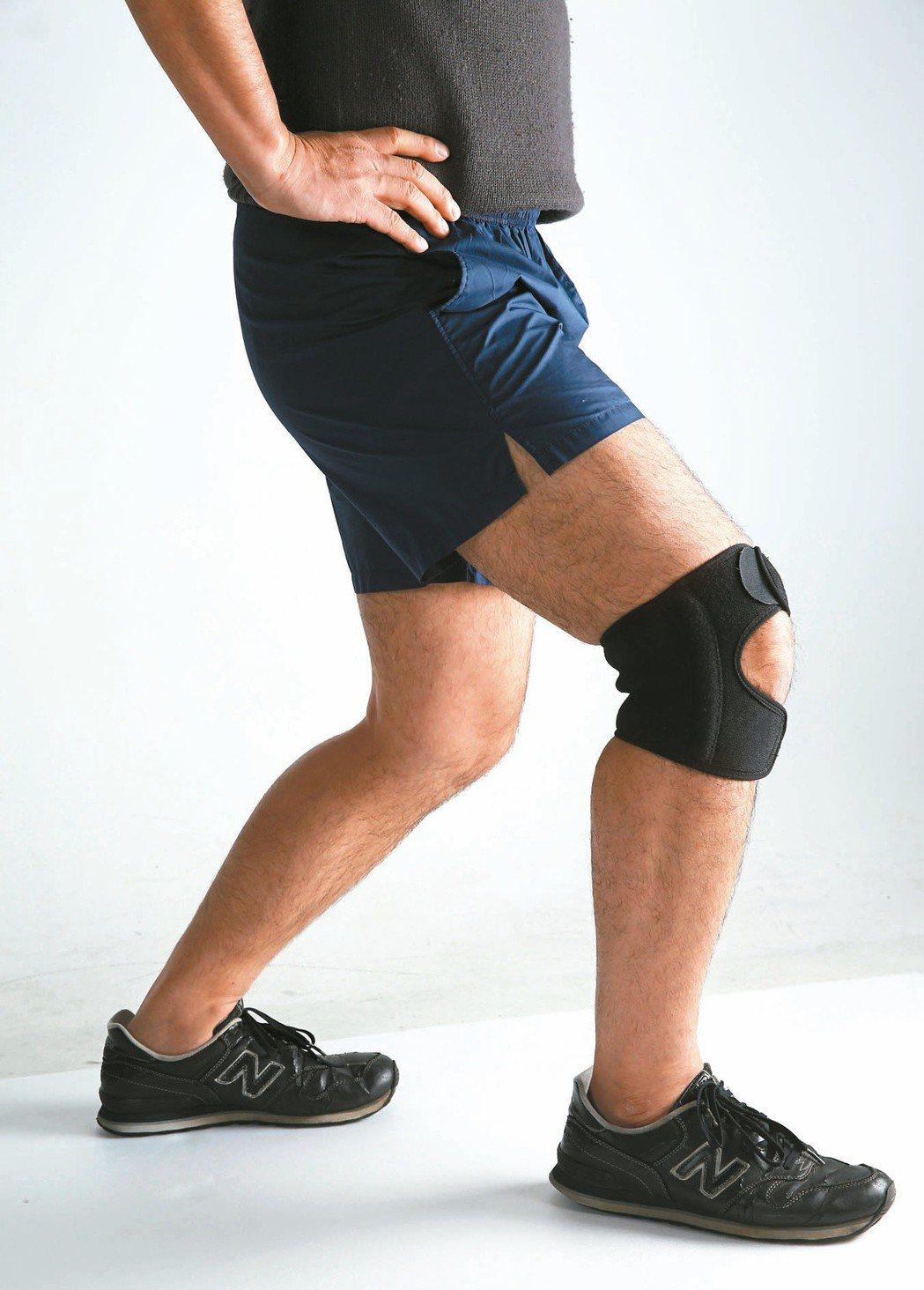 醫師表示,只要關節沒有發炎腫痛,運動仍是膝關節保養及強化骨質密度的最有效處方,做...